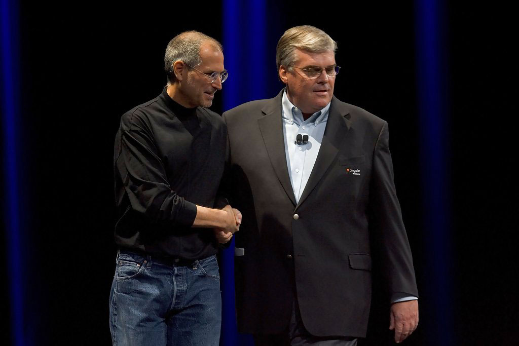 Steve Jobs, CEO Apple, Stan Sigman, CEO Cingular, iPhone 2007