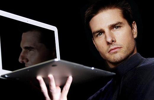 Scénárista Sorkin chtěl, aby Jobse hrál v novém filmu Tom Cruise