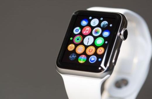Apple Watch zatím nejsou pro každého, shodují se v prvních recenzích novináři