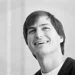 Před čtyřmi lety zemřel Steve Jobs. Vzpomeňte si, jakým člověkem byl, vybídl Cook