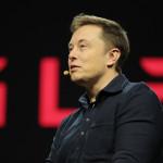 Elon Musk: Do Applu přecházejí inženýři, co neuspěli v Tesle