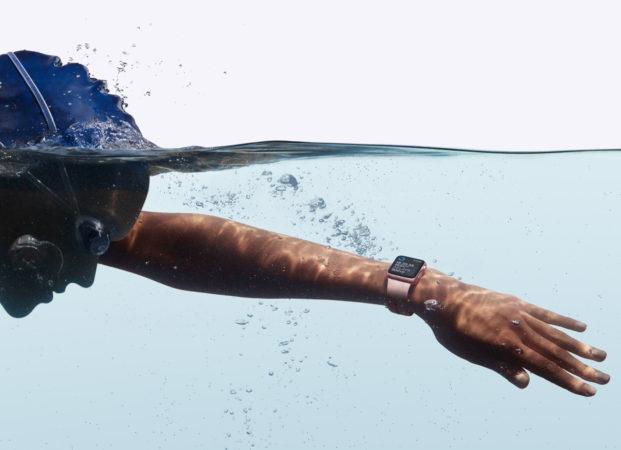 apple-watch-series2_water